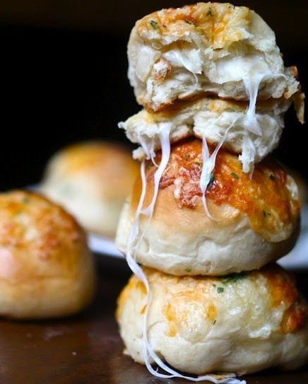 myfridgefood - Stuffed Cheese Buns   Recettes gourmandes attention calories   Scoop.it