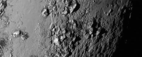 Pluton: New Horizons révèle bien des surprises | Beyond the cave wall | Scoop.it