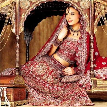 Wedding Lehenga Offer a Fairly-Tale Look to the Bride | bharatplaza fashion gallery | Scoop.it
