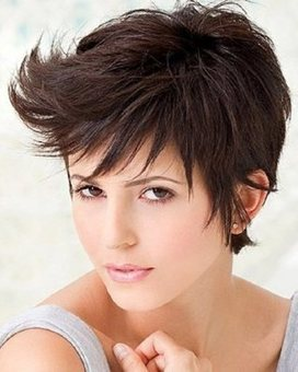 Best Short Haircuts for Women with Round Faces | Women Hairstyles | Scoop.it