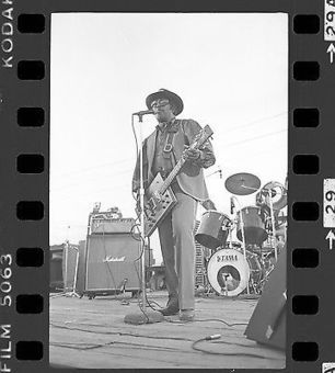BO DIDDLEY 35mm Camera Original Negative 1981 CONCERT ONE-OF-A-KIND #004 | Keith Russell Collections | Scoop.it