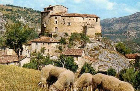 Castel di Luco, Le Marche, among the 10 spectacular castles that you can actually stay in | Le Marche another Italy | Scoop.it