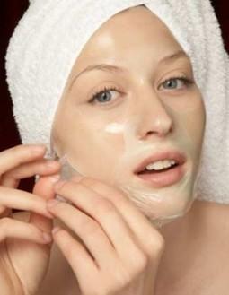 Những loại mỹ phẩm có thể gây hại cho da | cachlamsuachua | Scoop.it