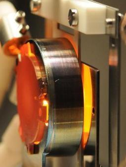 New thermoelectronic generator: Heat energy efficiently converted to electricity   Sustain Our Earth   Scoop.it
