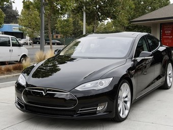 Tesla Model S grabs 8.4% of large luxury car market in first half of 2013 | Scientific and Technological Innovation | Scoop.it