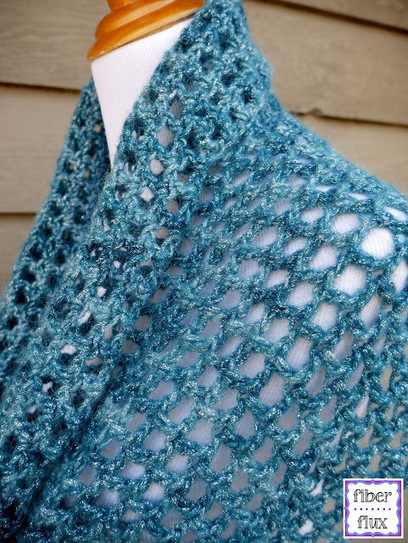 Fiber Flux: Free Crochet Pattern...Ocean Shimmer Capelet Cowl | Spinning, Weaving and Knitting | Scoop.it