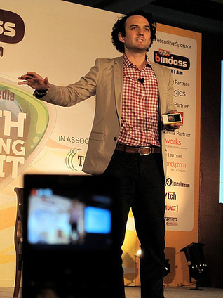 The Mobile Youth: Voices of the Mobile Generation   Mobile Youth   Scoop.it