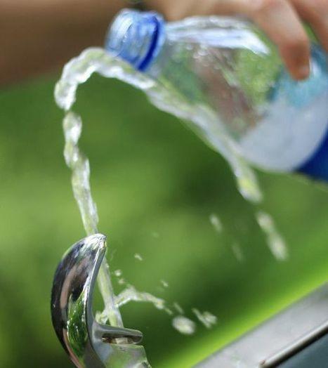 Los riesgos de reutilizar las botellas plásticas desechables   GrandesMedios.com   Salud Publica   Scoop.it
