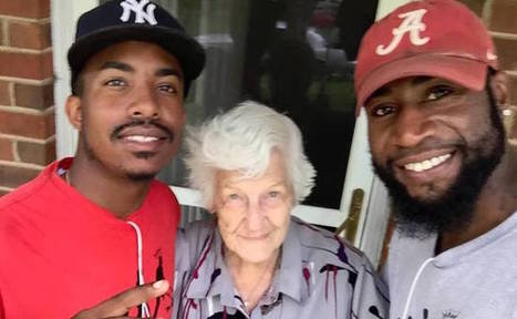 Meet The Remarkable Guys Who Mow Grass For Free For People In Need | Care2 Causes | This Gives Me Hope | Scoop.it