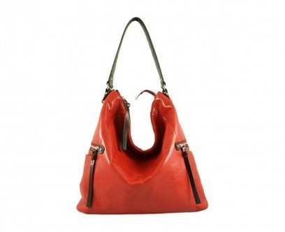 Melanie shoulder bag in poppy red leather | Must Have | Scoop.it