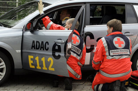 Report: eCall emergency call system to be mandatory in EU cars by 2018? | Cars and Road Safety | Scoop.it