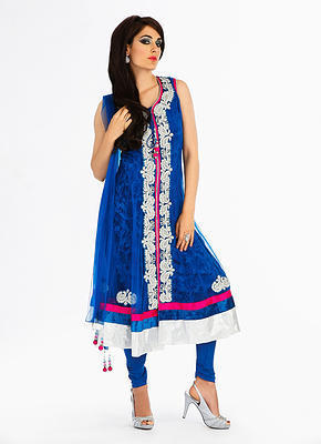 Latest and designers Indian suits for online shopping in Uk | Bridal Wear | Scoop.it