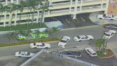 Person stabbed at Shops at Sunset Place in South Miami: Victim flown to Kendall Regional Medical Center | The Billy Pulpit | Scoop.it