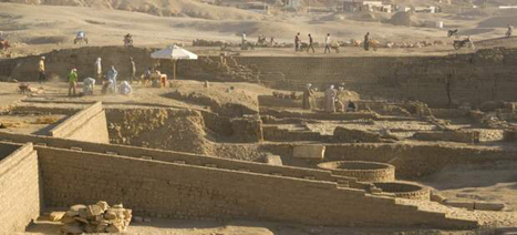 Breaking news: Undisturbed Middle Kingdom tombs found in Luxor | Egyptology and Archaeology | Scoop.it