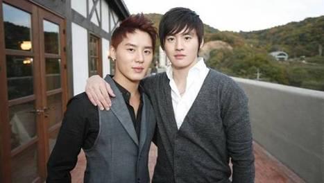 Junsu sends samgaetang to set of 'Empress Qi' for his twin brother, Kim Moo Young | allkpop.com | Gentleman | Scoop.it