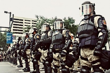 SWAT teams and use of force | Is the new warrior cop is out of control? | DYSTOPIA FUTURE | Scoop.it