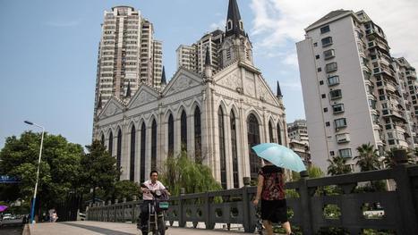 Kiina tukahduttaa kristinuskoa –ristejä poistetaan kirkkojen katoilta ja kristittyjä painostetaan   Uskonto   Scoop.it