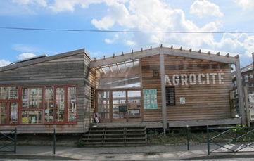 Le préfet accorde un sursis de six mois à la ferme urbaine de Colombes - Le Parisien | Agriculture urbaine, architecture et urbanisme durable | Scoop.it