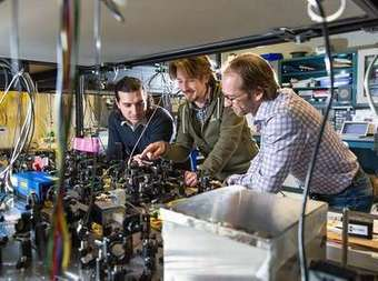 Towards quantum Internet: Researchers teleport particle of light six kilometres | News we like | Scoop.it