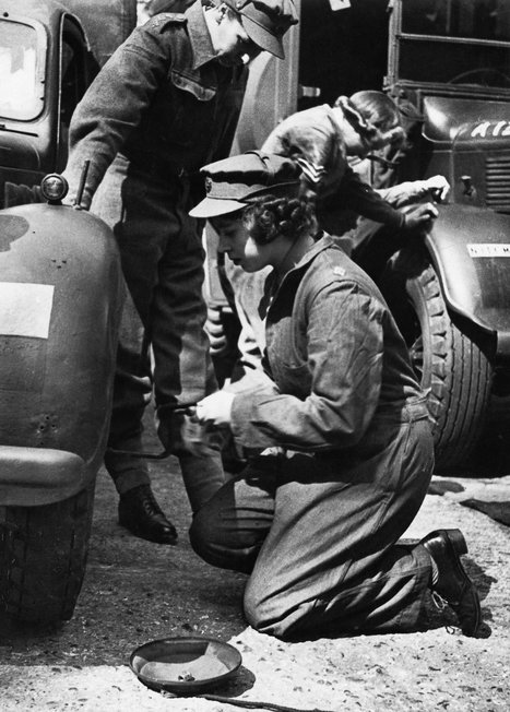 Elizabeth in the army: When the Queen was a truck mechanic | Very Interesting... | Scoop.it