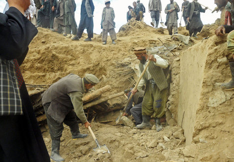 'No Hope' for Those Buried by Mudslide, Afghanistan Official Says | News Pop | Scoop.it