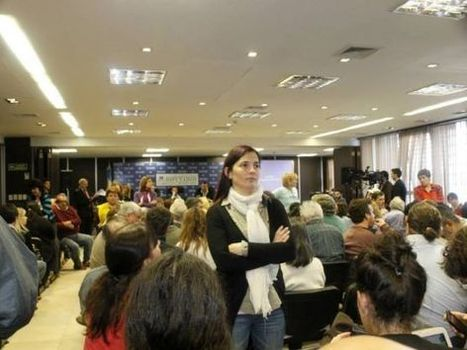 Con muchas voces, pocos platenses y ningún funcionario. | La Plata: inundada e inundable | Scoop.it