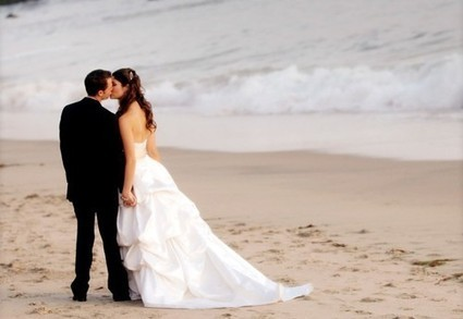Five Ideas to Keep You Worry-Free While Exchanging Vows on the Sand | Business and Stuff | Scoop.it
