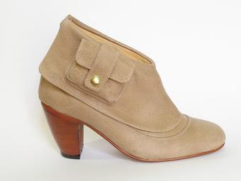 Quinta trends: Gaby Roca zapatos y su invierno 2012 reload | accesorios, bolsas, zapatos, ropa, carteras, libretas....productos artesanales y asociados al aspecto holístico | Scoop.it