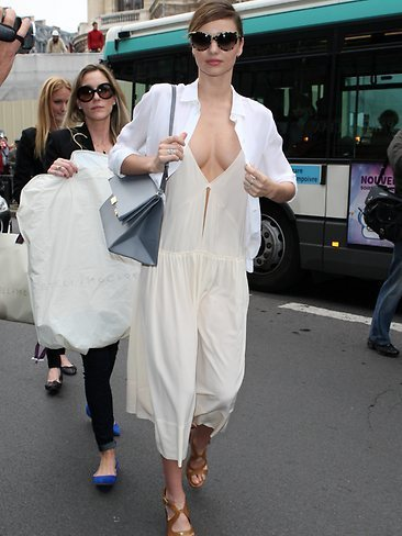 Miranda Kerr's Boobs Lead Today's Star Sightings - Sexy Balla | News Daily About Sexy Balla | Scoop.it