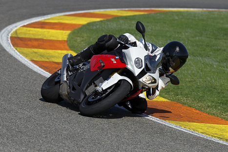 Purchase a new BMW S 1000 RR and choose a VIP trackday experience in Spain or £1,500 of accessories | Motorcycle Industry News | Scoop.it