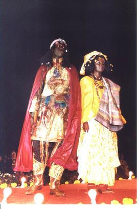 [Costume] Couple Rois et Reines d'Afrique : Lat Dior et sa femme | Métiers de l'Informatique | Scoop.it