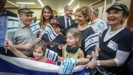 French immigration to Israel dwarfs North American figures | Jewish Education Around the World | Scoop.it