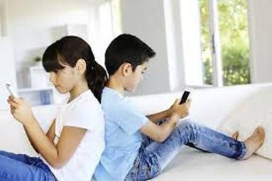 Minori e internet: l'ossessione diventa dipendenza. Come combatterla? | Inside Marketing | Scoop.it