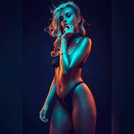 Vibrant Fashion Photography by Jake Hicks | PhotoHab | Scoop.it