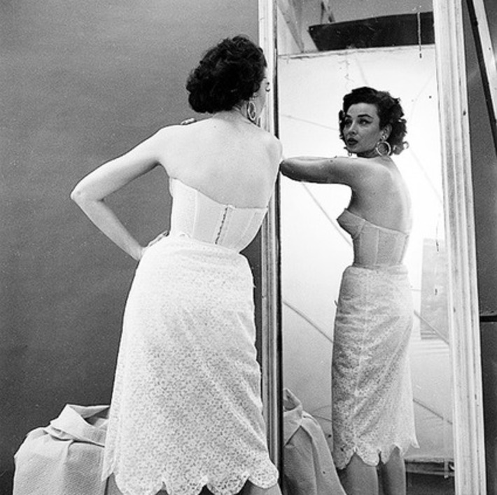 Dorian Leigh photographed by Milton Greene, 1953 | Lingerie Love | Scoop.it