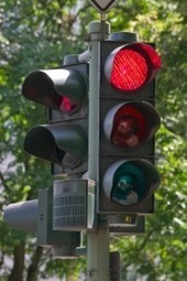 Do Red Light Cameras Reduce Auto Accidents? | Traffic Light Cameras at Various Intersections in Chicago | Scoop.it