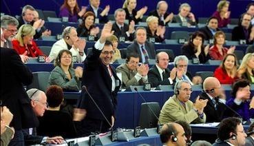 Omvangrijk eurofielennetwerk opgerold | Eurocrisis | Scoop.it