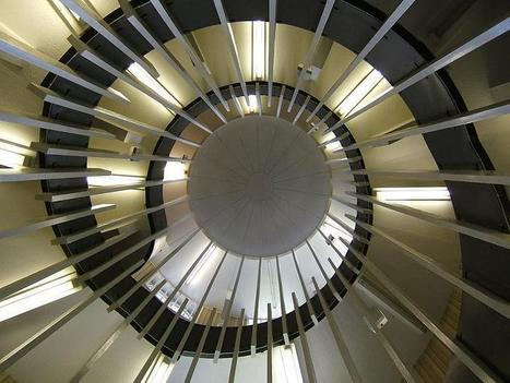 25 Stunning Images of Spiral Staircases | Design & Architecture | Scoop.it