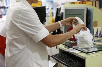 Sacs de caisse: la taxe surprise | Médicaments Pharmacie et Pharmacien | Scoop.it