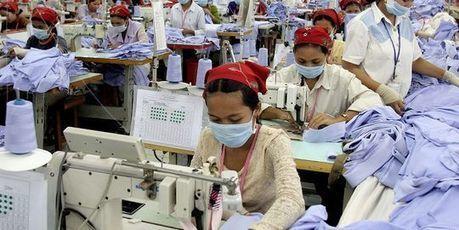 Cambodge : des centaines de grévistes licenciés d'une usine | Crakks | Scoop.it