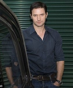 Accepting Our AttRAction to Richard Armitage:  One Day at a Time, 10/08/11 GratianaDS90 (Post #27) | Richard Armitage | Scoop.it