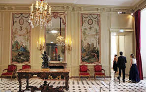 From the dust, glittering Louvre show emerges - Nashua Telegraph | Classic French Furniture - Italian Interior designs | Scoop.it