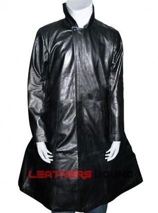 (Benedict Cumberbatch) Star Trek Into Darkness Khan Trench Coat | leathersbound | Scoop.it