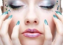 Take Care of Your Nails in Between Professional Manis and Pedis   Wellnesia Tips - Fitness, Face, Nails, Body & Massage, Counselling and Hollistic   Scoop.it