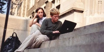 MOOC mania: when technology and higher education collide   Better teaching, more learning   Scoop.it