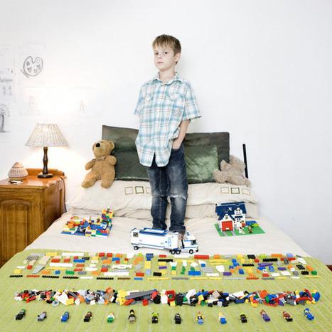 Portraits of Kids Around the World Posing with Their Favorite Toys | Art contemporain et histoire de l'art | Scoop.it