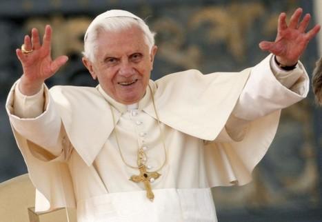 HASHTAG PAPAM – Benoît XVI arrive sur Twitter   Social Media and How to Optimize it   Scoop.it