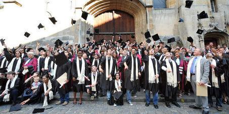 Les sept secteurs qui recrutent les jeunes diplômés | RP_Emploi | Scoop.it