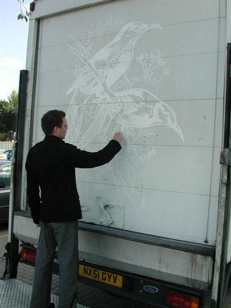 Artist Turns Dirty Trucks into Mobile Artworks Using Only One Finger   Strange days indeed...   Scoop.it