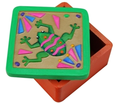 Jewelry Box with Raised Frog Carving | Mexican Furniture & Decor | Scoop.it